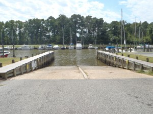 Cedar Hill features a broad ramp and can accommodate larger and smaller vessels.