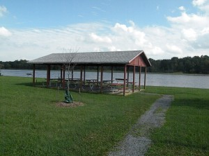 Picnic pavilion at Riverview Park
